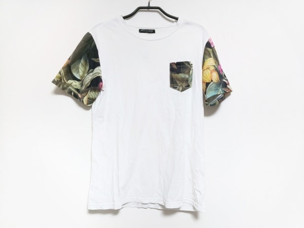 MODE FOURRURE(モードフルーレ) 半袖Tシャツ レディース アイボリー×黒×マルチ 花柄