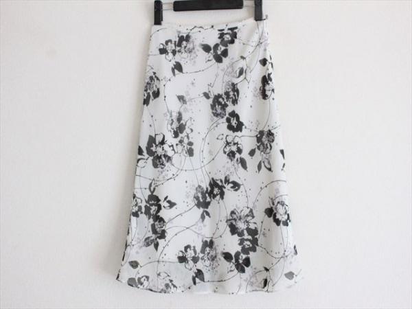 23区(ニジュウサンク) スカート サイズ34 S レディース美品  アイボリー×黒
