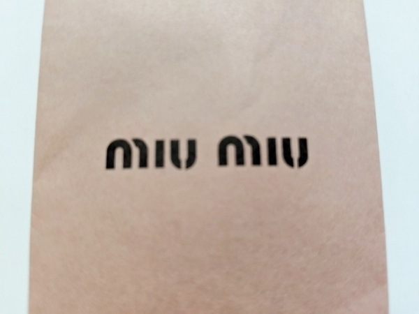 miumiu(ミュウミュウ) チュニック サイズ38 S レディース美品  レッド×白×黒 花柄