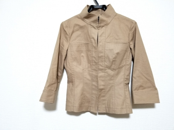 NOVESPAZIO(ノーベスパジオ) ジャケット サイズ38 M レディース美品  ベージュ