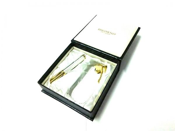 mikimoto(ミキモト) 小物美品  ゴールド×白 リップブラシ&ミラーセット 金属素材