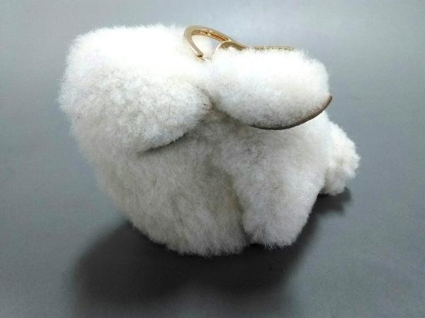 ロエベ キーホルダー(チャーム)美品  バニーチャーム ナチュラル ウサギ/アニマルズ