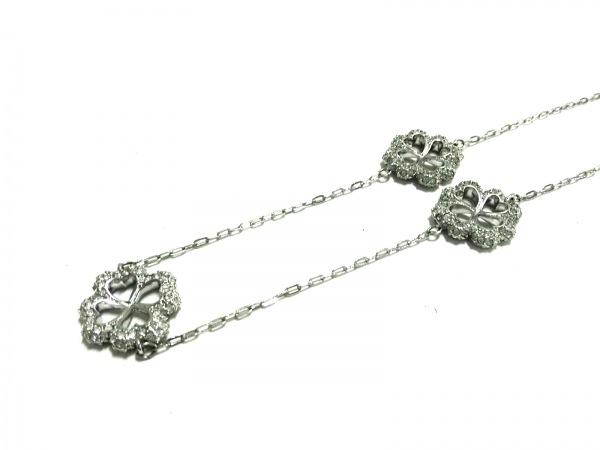 スワロフスキー ネックレス美品  スワロフスキークリスタル×金属素材 クローバー