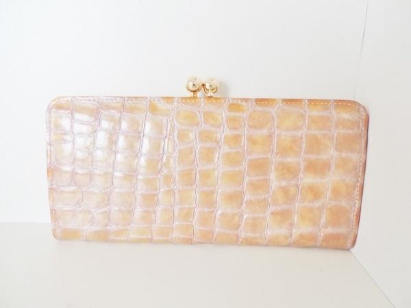 アンメートルキャレ 長財布 ベージュ×ピンク がま口/型押し加工 エナメル(レザー)