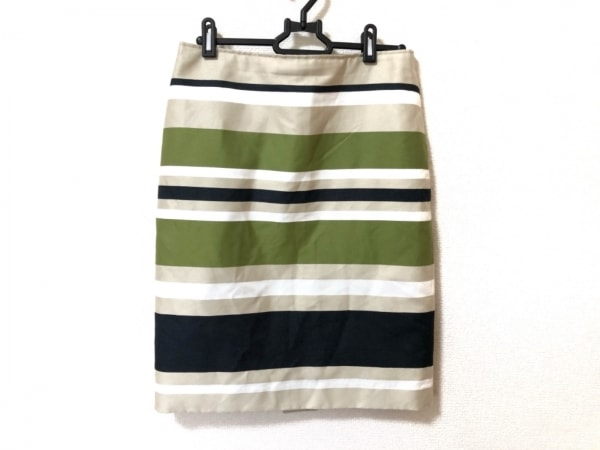 ニジュウサンク スカート サイズ40 M レディース美品  アイボリー×グリーン×黒