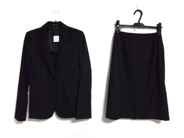 INED(イネド) スカートスーツ サイズ9 M レディース 黒