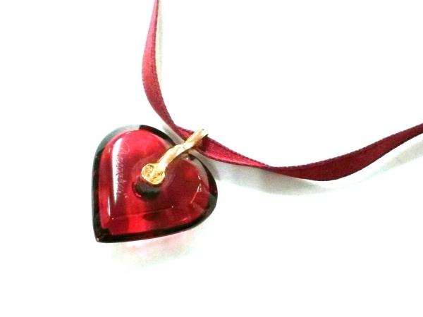 バカラ ネックレス美品  クリスタルガラス×金属素材 レッド×ゴールド ハート