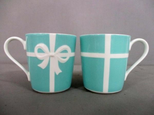 ティファニー マグカップ新品同様  ブルーボウ ブルー×白 マグカップ×2 陶器