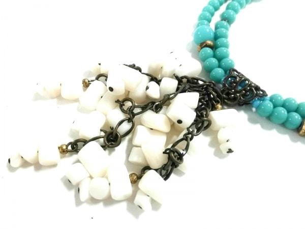 ニジュウサンク ネックレス カラーストーン×金属素材 ライトブルー×白×マルチ