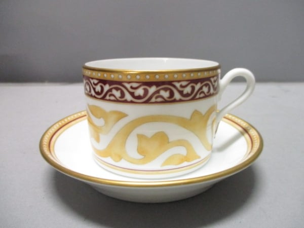 リチャードジノリ カップ&ソーサー新品同様  白×ベージュ×マルチ 陶器