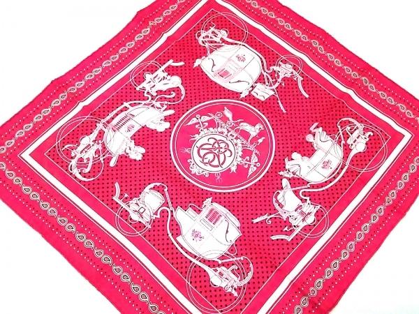 HERMES(エルメス) スカーフ新品同様  カレ55 ピンク×白×黒