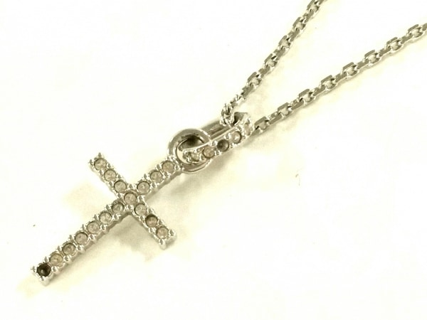 スワロフスキー ネックレス 金属素材×スワロフスキークリスタル シルバー クロス