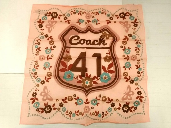 COACH(コーチ) ハンカチ美品  ピンク×ダークブラウン×マルチ