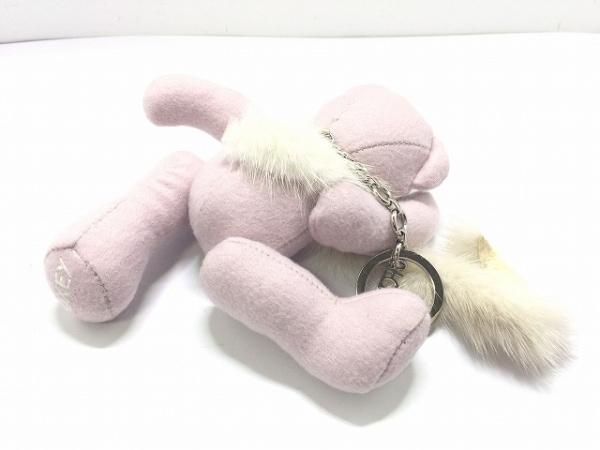 FOXEY(フォクシー) キーホルダー(チャーム) ピンク×黒×アイボリー クマ ウール