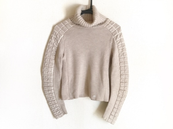 シャネル 長袖セーター サイズ38 M レディース P16325 ベージュ タートルネック