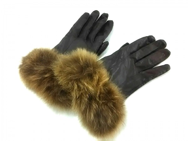 Le Vernis(ルヴェルニ) 手袋 レディース美品  ダークブラウン レザー×ファー