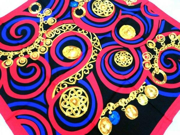 CELINE(セリーヌ) スカーフ美品  レッド×黒×マルチ