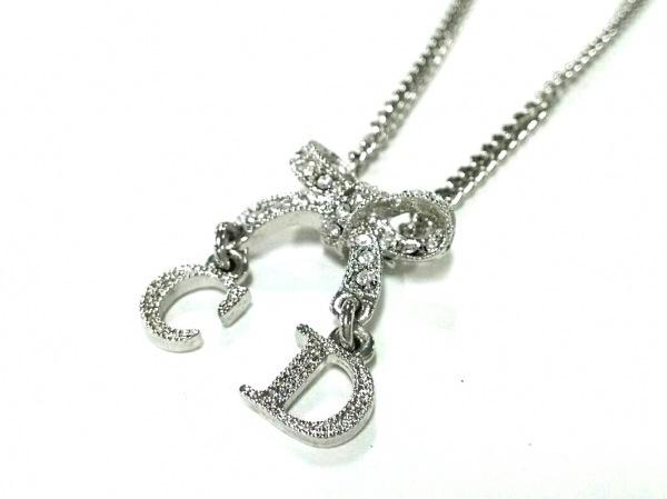 クリスチャンディオール ネックレス美品  金属素材×ラインストーン シルバー リボン
