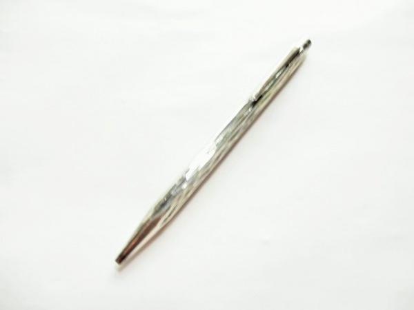 CARAN d'ACHE(カランダッシュ) ボールペン美品  シルバー インク無し 金属素材