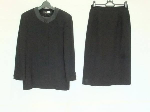 ソワールベニール スカートスーツ サイズ9AR S レディース 黒 肩パッド/3点セット