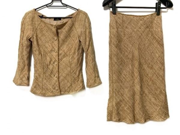 ノーベスパジオ スカートスーツ サイズ38 M レディース美品  ブラウン ビーズ