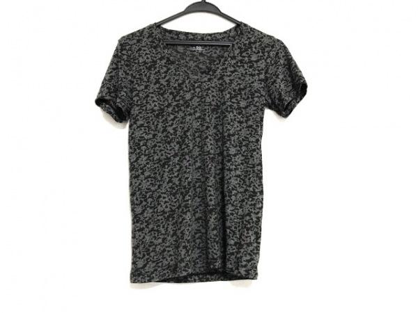 UNDER ARMOUR(アンダーアーマー) 半袖Tシャツ サイズM レディース美品  グレー×黒