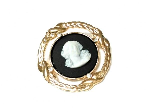 ウェッジウッド ブローチ美品  金属素材×陶器 ゴールド×ダークグレー×白