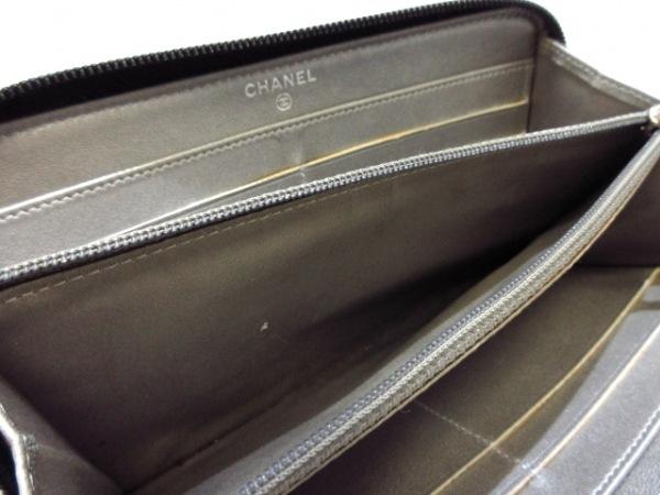 CHANEL(シャネル) 長財布 カメリア 黒 ラウンドファスナー/型押し加工 ラムスキン