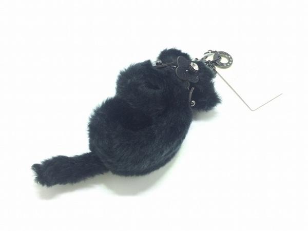 アンテプリマ キーホルダー(チャーム)美品  黒 フェイクファー/手袋ホルダー