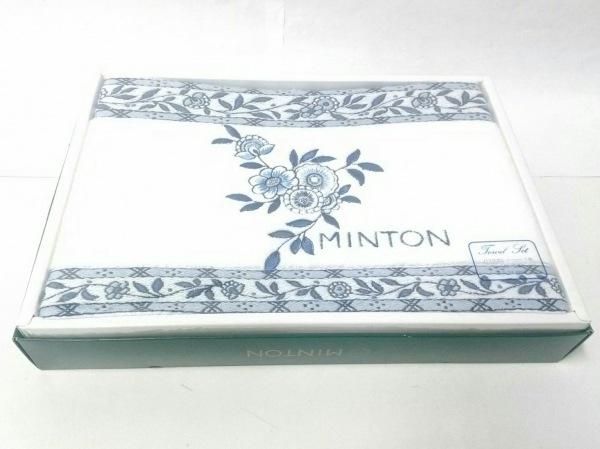ミントン 小物新品同様  白×ブルー×ライトブルー フラワー/バスタオル コットン