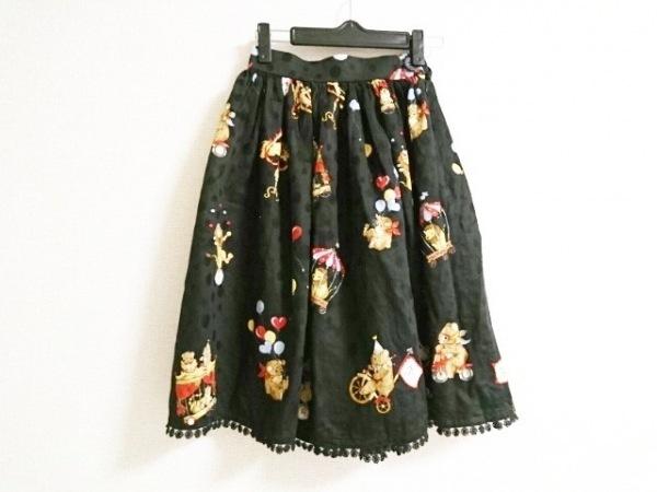 イノセントワールド スカート レディース美品  黒×レッド×マルチ クマ