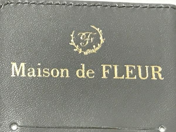 Maison de FLEUR(メゾンドフルール) 携帯電話ケース新品同様  ダークグレー×ゴールド
