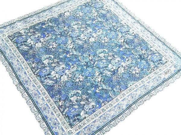 LIBERTY(リバティ) スカーフ アイボリー×ライトブルー×マルチ 花柄