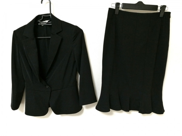 M-PREMIER(エムプルミエ) スカートスーツ レディース 黒 フリル