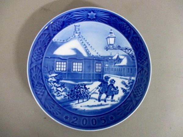ロイヤルコペンハーゲン プレート新品同様  ブルー×白 2005年イヤープレート 陶器