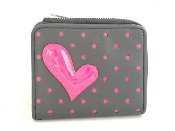 UNOKANDA(ウノカンダ) 2つ折り財布美品  黒×ピンク ハート/パンチング レザー