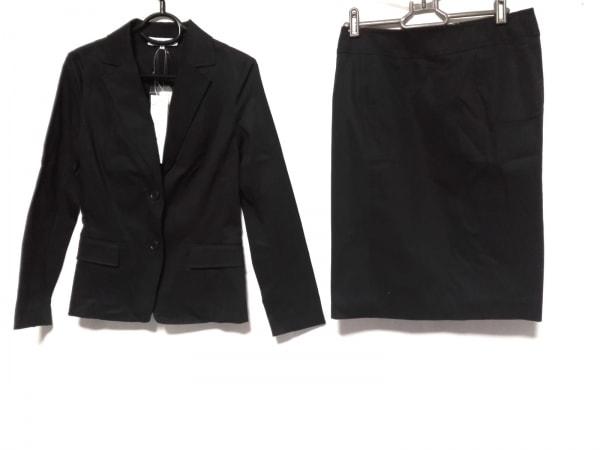 ナチュラルビューティー ベーシック スカートスーツ サイズM レディース新品同様  黒