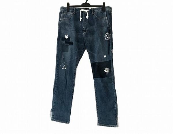 レミ レリーフ ジーンズ サイズXL メンズ ブルー×ネイビー×マルチ フラワー/スカル