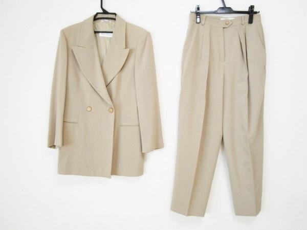 マックスマーラ レディースパンツスーツ サイズ44(J) レディース ベージュ 肩パッド