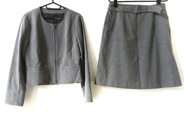 ru(アールユー) スカートスーツ サイズLL レディース美品  グレー