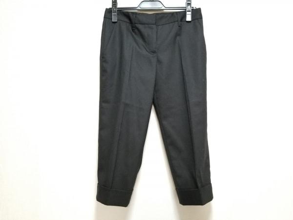 PRADA(プラダ) パンツ サイズ36S レディース美品  黒 七分丈