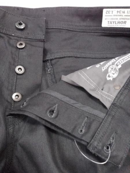 DIESEL(ディーゼル) ジーンズ サイズ34 S メンズ新品同様  TAYLHOR 黒