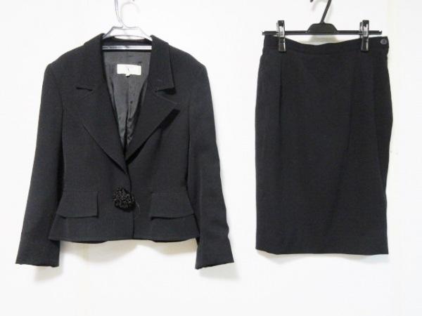 VALENTINO(バレンチノ) スカートスーツ サイズ42 L レディース 黒 Miss V/肩パッド