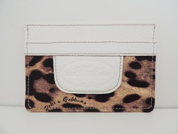ドルチェアンドガッバーナ パスケース 白×ベージュ×ダークブラウン 豹柄