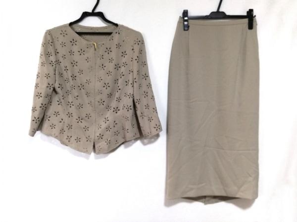 イタリヤ スカートセットアップ サイズ11 M レディース美品  ベージュ