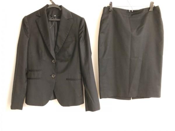 Kiton(キートン) スカートスーツ サイズ40 M レディース 黒 肩パッド