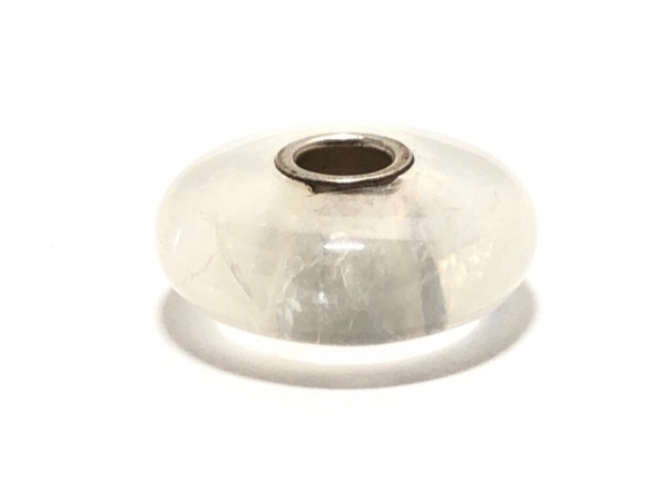 TROLLBEADS(トロールビーズ) ペンダントトップ ガラス×シルバー クリア