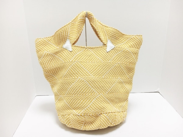 TRENTA SEI(トレンタセイ) トートバッグ オレンジ×アイボリー×白 編み込み 化学繊維