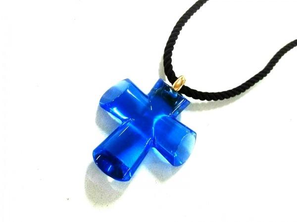 Baccarat(バカラ) ネックレス美品  クリスタルガラス×K18YG ブルー クロス