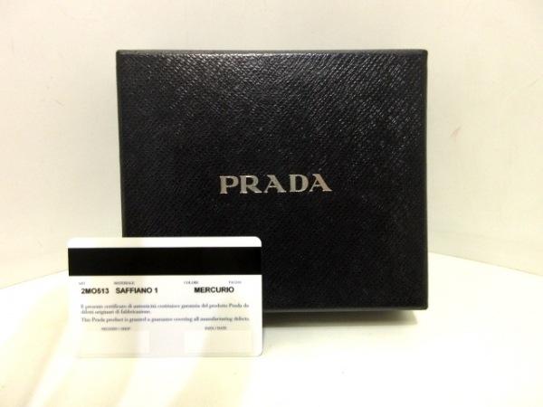 PRADA(プラダ) 札入れ美品  - 2MO513 グレー サフィアーノレザー 9